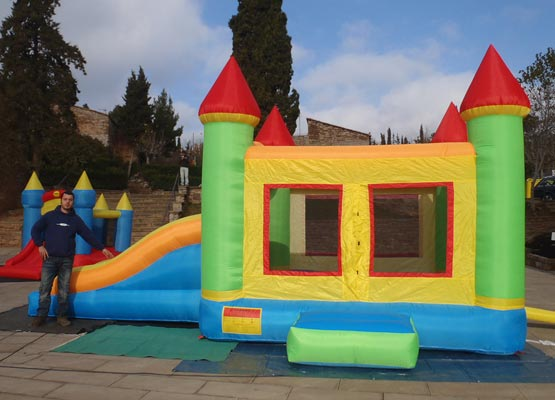 Jocs gegants i atraccions pels nens