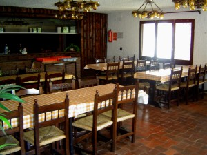 Casa de colonies Eurostage menjador Bruixola